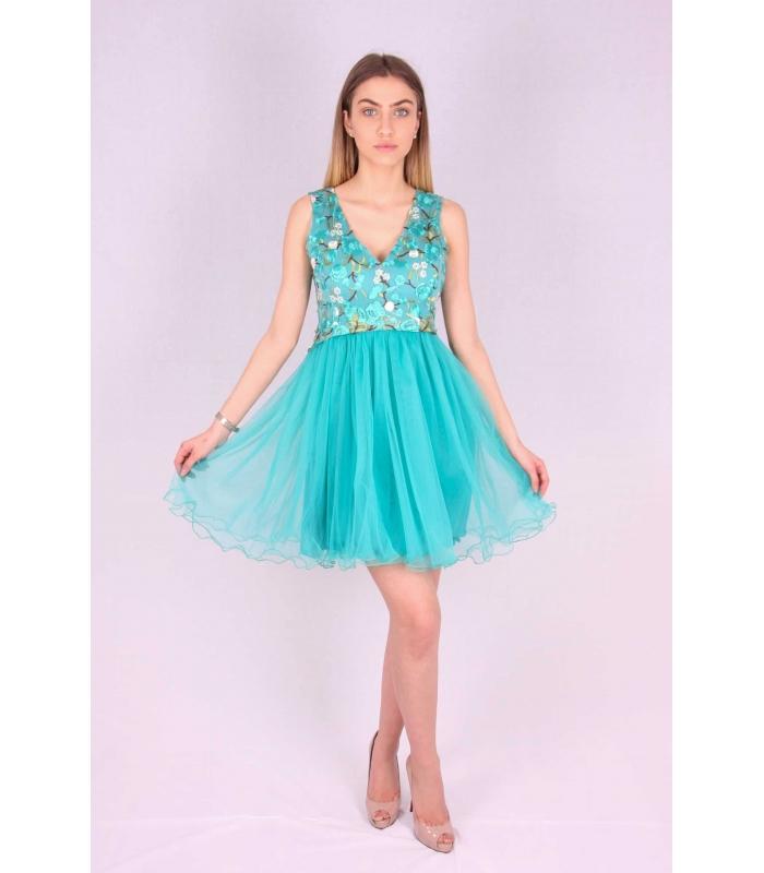 Rochie verde cu broderie multicolora si bust buretat  - 1