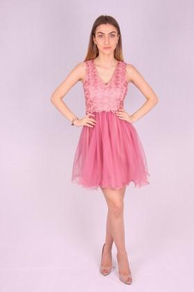 Rochie roz baby doll cu insertii de broderie si bust buretat  - 1