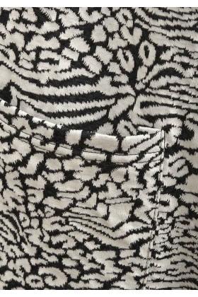 Trench negru cu alb cu buzunare  - 3
