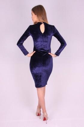 Rochie de catifea albastra mulata pe corp  - 3