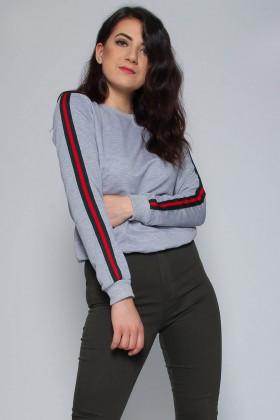 Bluza sport gri cu dungi colorate pe maneci  - 1