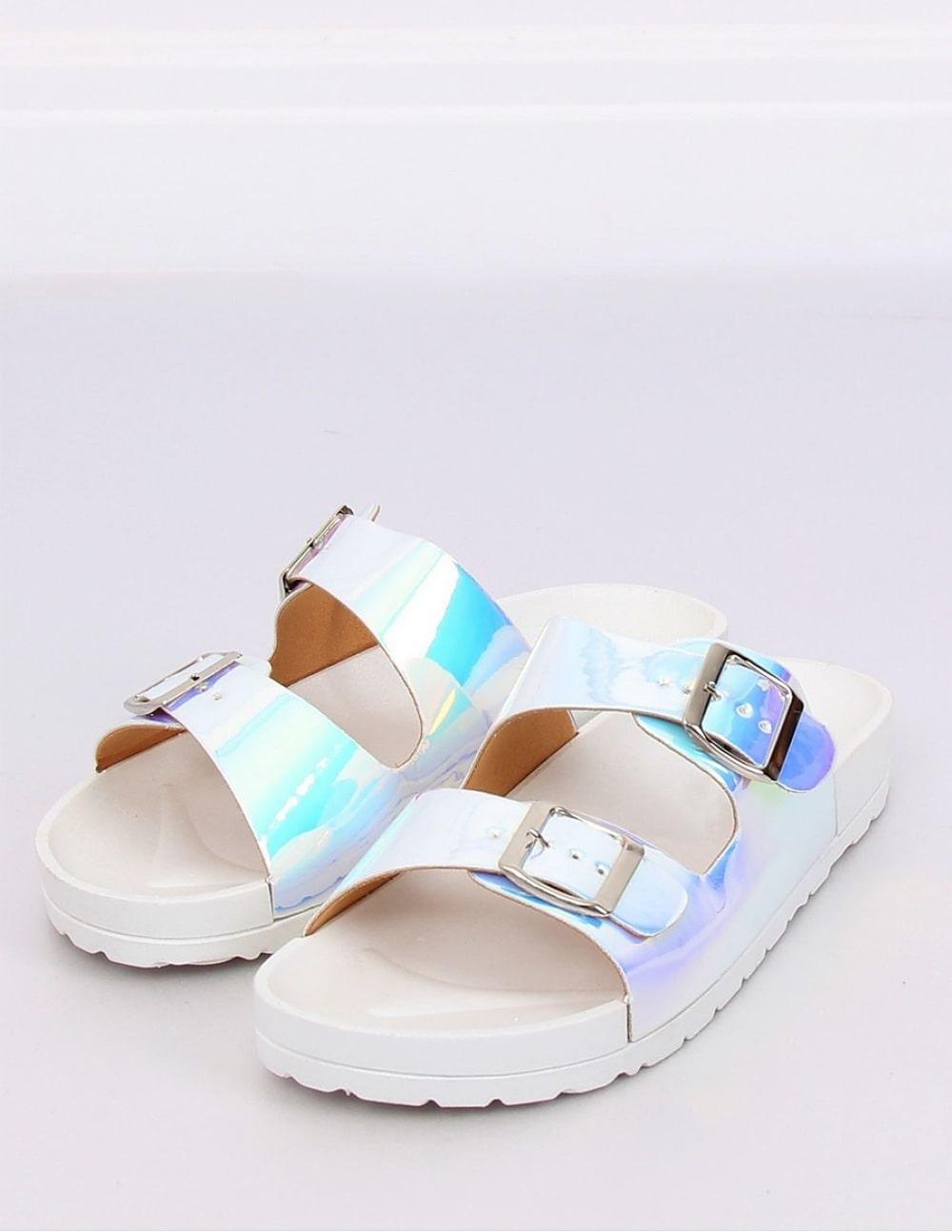 Papuci albi cu detalii multicolore