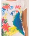 Tricou alb imprimat cu un papagal multicolor